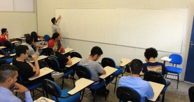 DPE-AM pede redução de 20% em mensalidades escolares para 2021